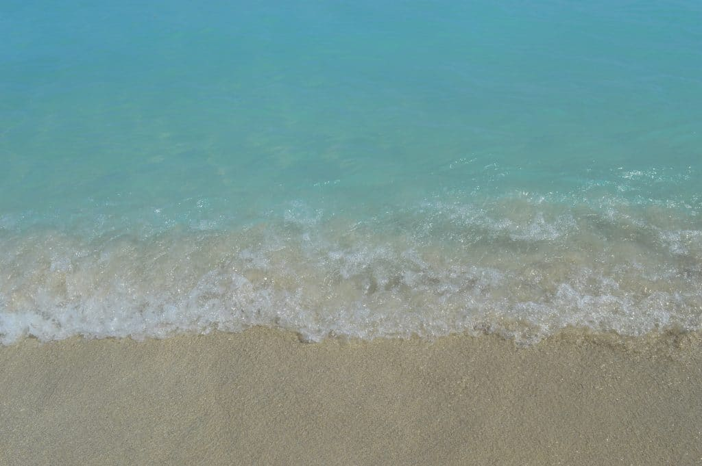 Close up of Varadero beach's shoreline