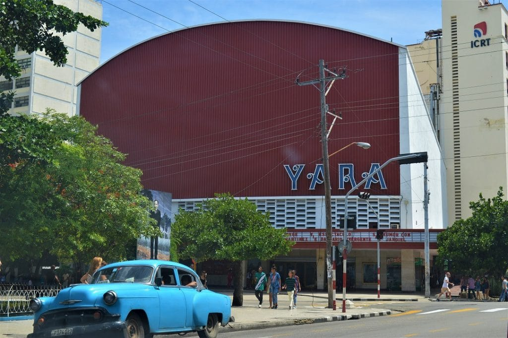 View of an iconic cinema in Vedado - Yara cinema