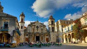 Cathedral Square, Havana. Best places to visit in Cuba
