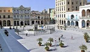 Plaza Vieja, Havana. Best places to visit in Cuba